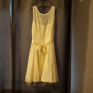 David's Bridal Bersy & Adam Cream White Lace Dress